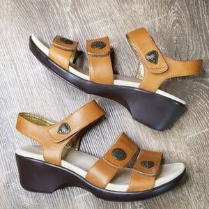 Alegria brown leather sandals size 41